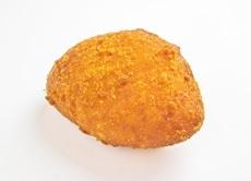 当店人気No.2 牛肉ゴロゴロカレーパン